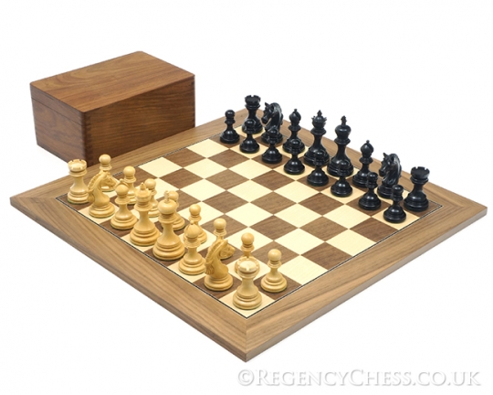 Ebony and Walnut Garvi Luxury Chess Set