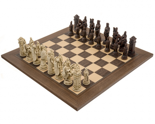 Berkeley Chess Roman Russet and Walnut Chess Set