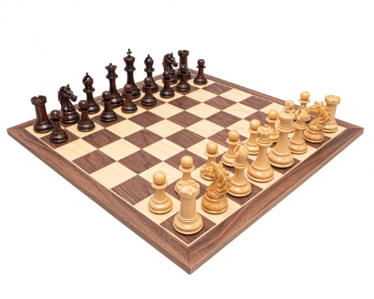 The Strasbourg Luxury Rosewood and Walnut Chess Set