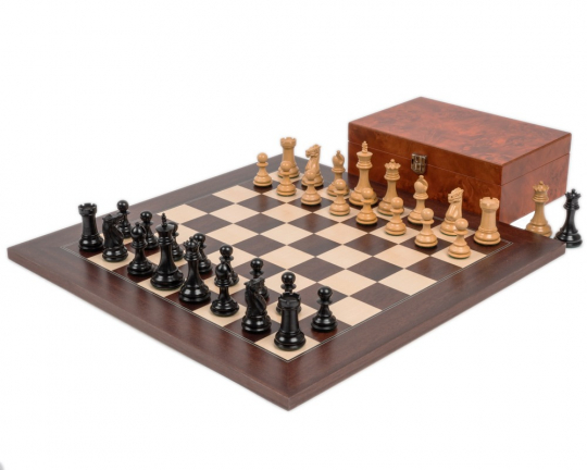 Ebony and Montgoy Palisander Windsor Chess Set